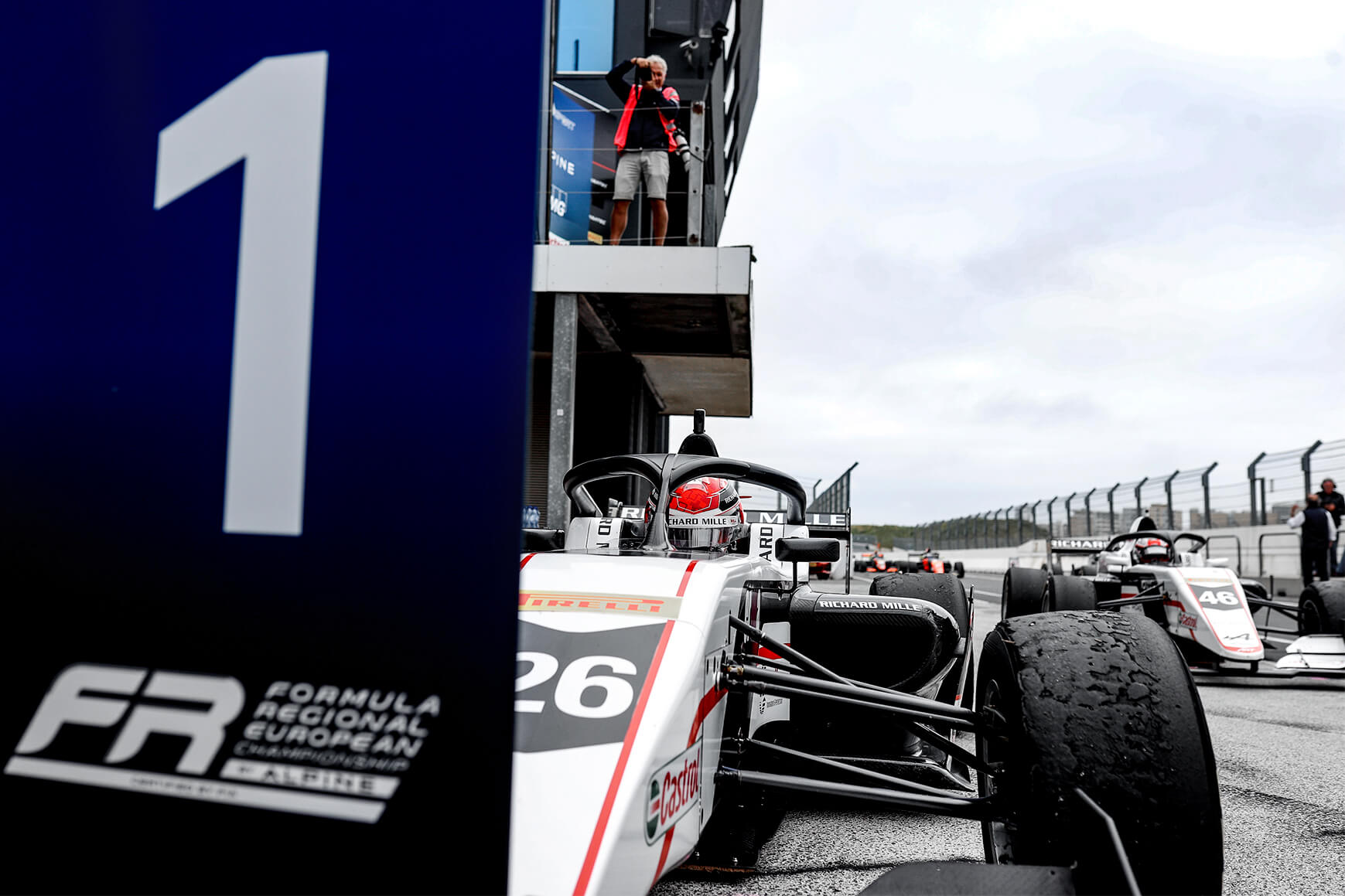 Double win, two pole positions and four podium finishes in FRECA